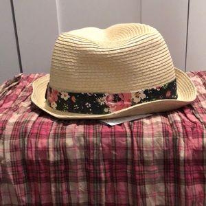 Old navy straw hat